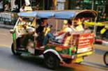 From tuk-tuk Sukhumvit communication to the hotel offers complimentary shuttle.